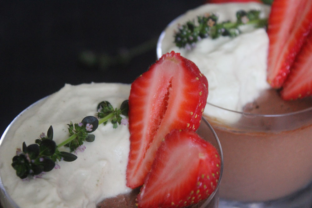 paleo-chocolate-mousse-with-lemon-thyme-cream-6